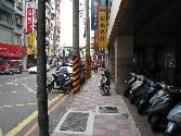 汐止房屋 住商汐止房屋 0975-209886提供,台北縣汐止市中興路商辦華廈售電梯大樓750萬